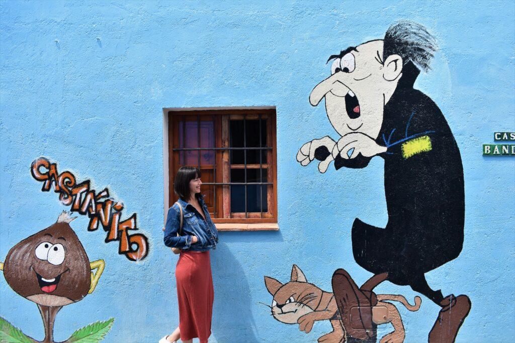 grafitis pueblo pitufo